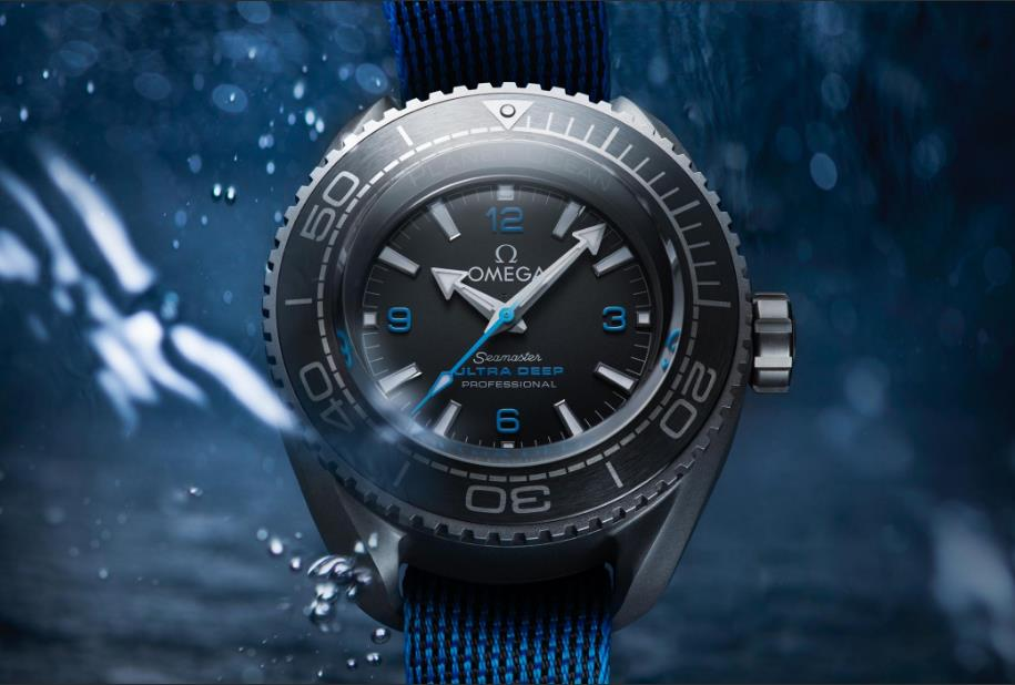 The black dials fake watches are water resistant.