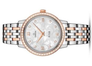 The silvery dials fake watches are decorated with diamonds.
